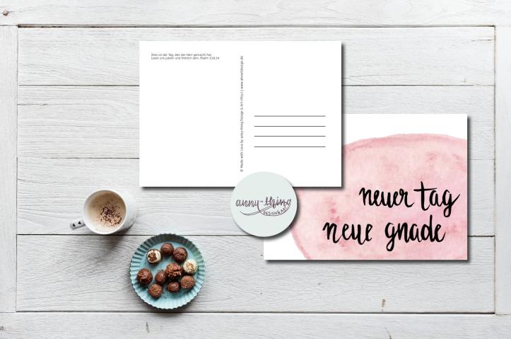 neuer Tag neue Gnade Postkarte Mockup
